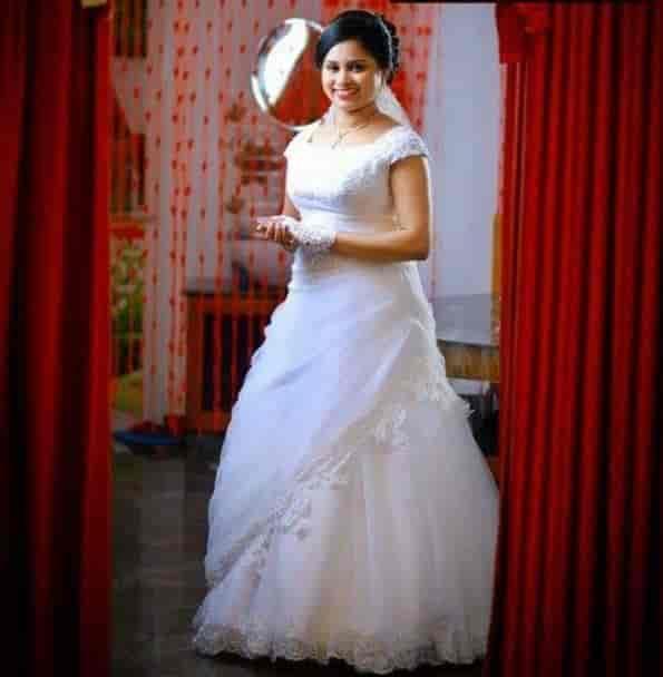 Christian Bridal Gowns Photos Mayur Vihar Phase 3 Delhi Pictures