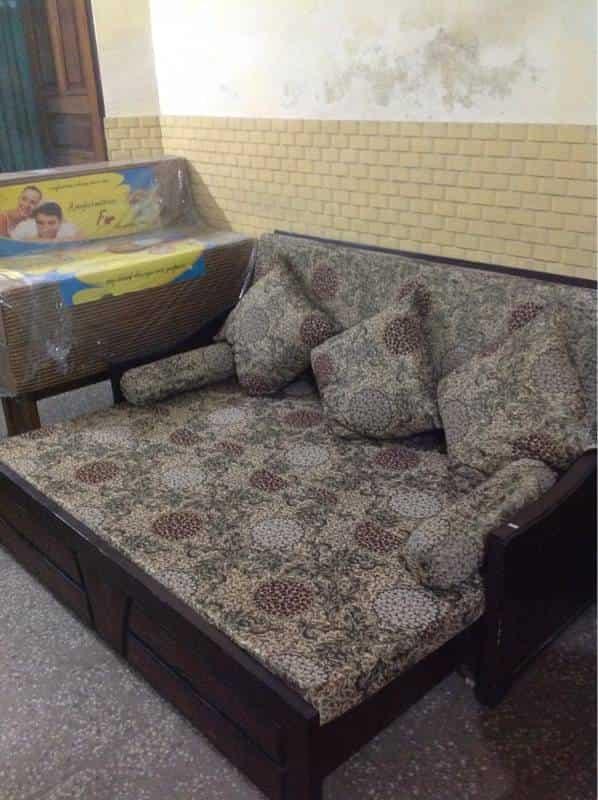 Leather sofa Manufacturers In Delhi