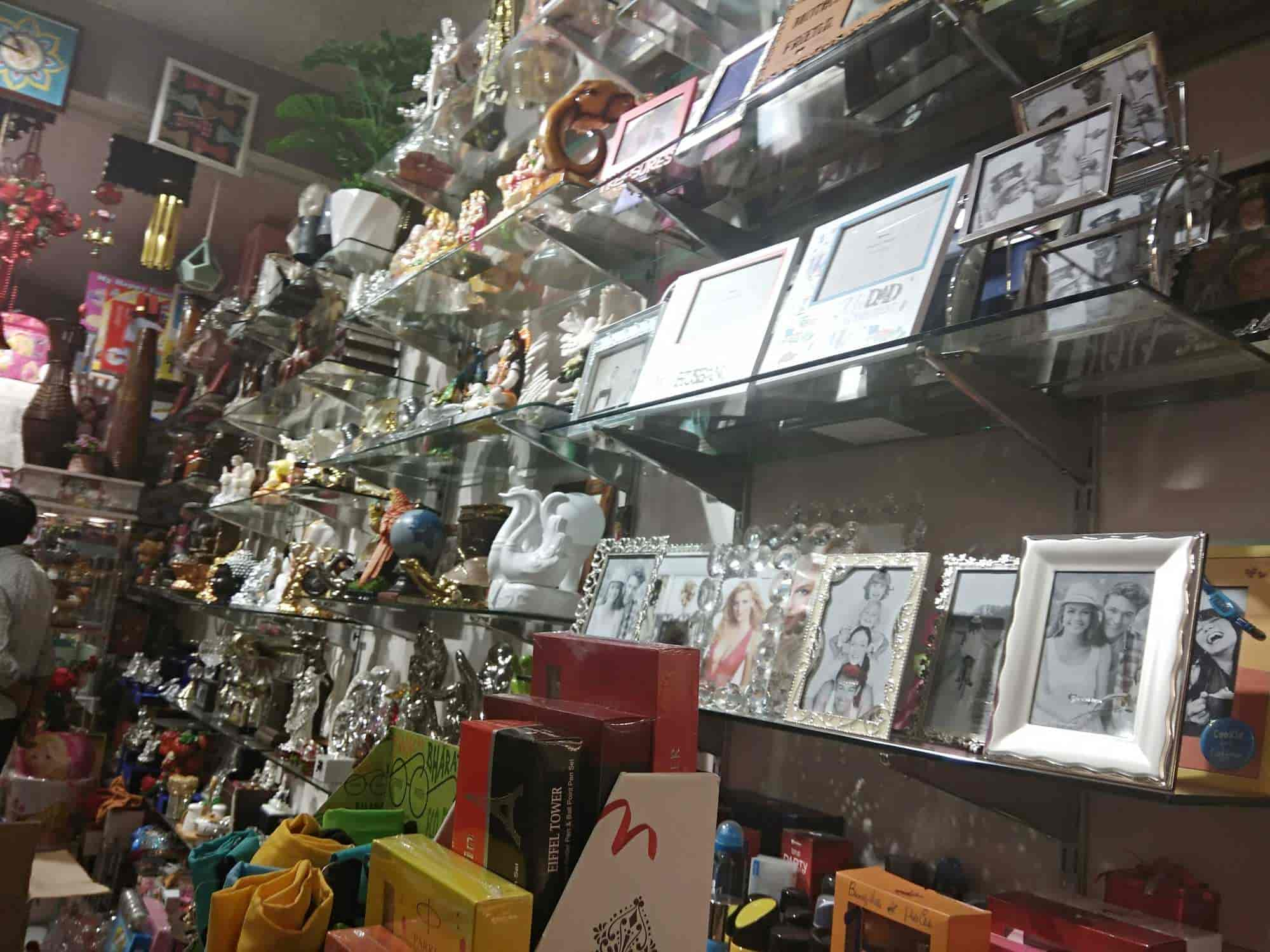 Archies greet n gift photos west punjabi bagh delhi pictures inside view of gifts shop archies greet n gift photos west punjabi bagh m4hsunfo