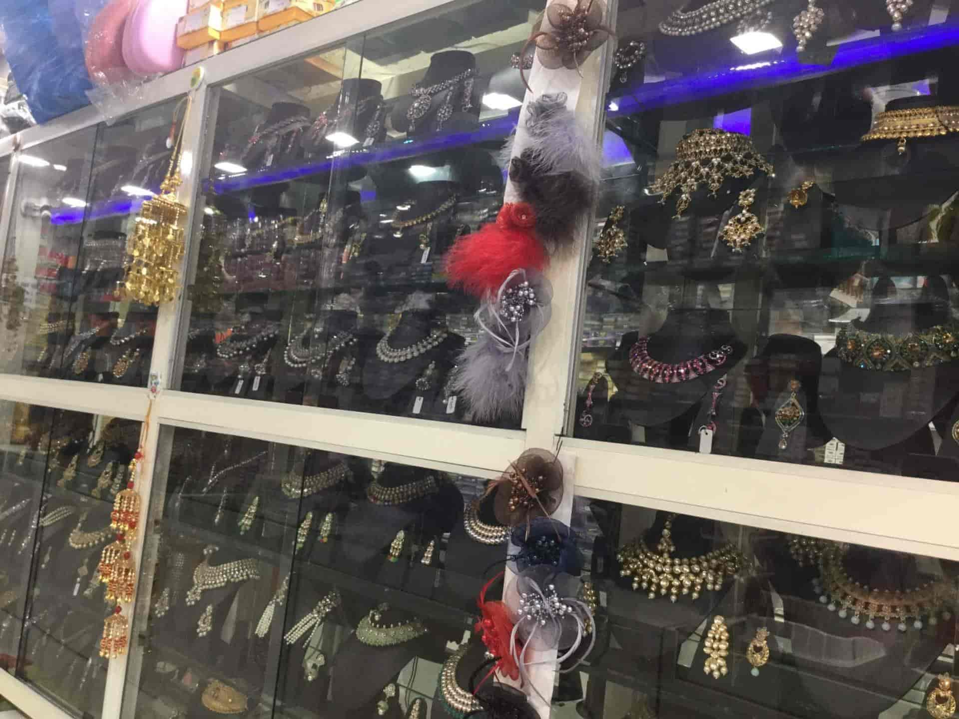 20e05900c ... Mehak Cosmetics   Artificial Jewellery Shop Photos