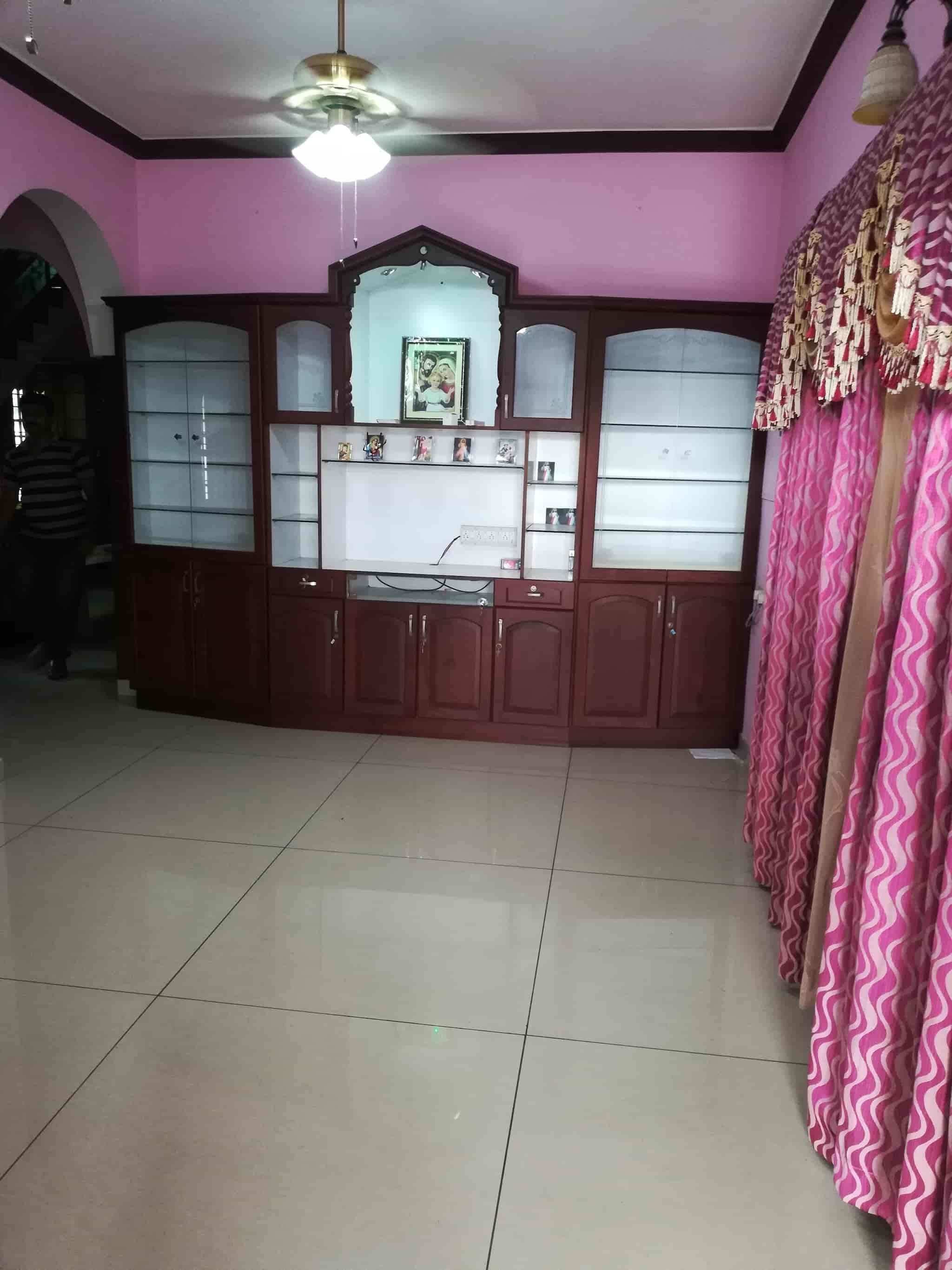 Top Hostels in Kothamangalam Ernakulam, Ernakulam - Best Dormitory