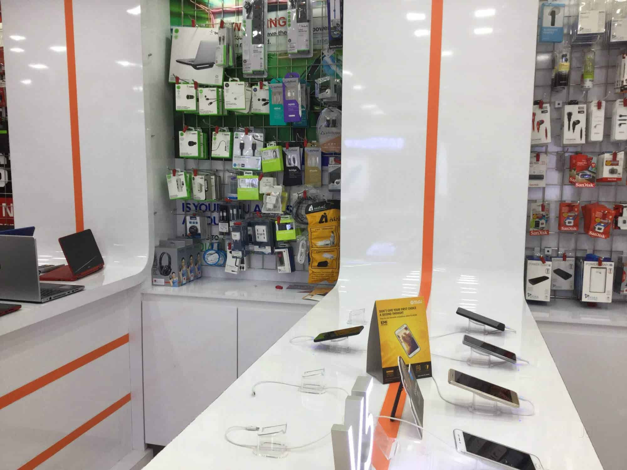 Imc Digital Kochi Mg Road Mobile Phone Dealers in Ernakulam