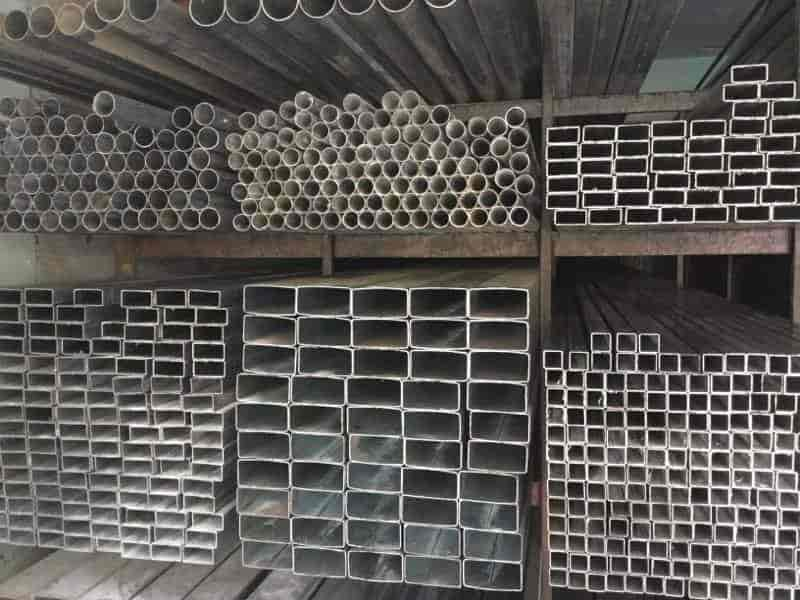 Collège pipe tubes