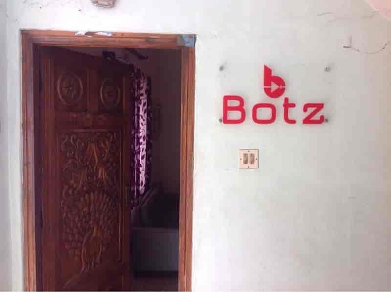 Botz Embedded Solutions, Kaloor - Computer Training
