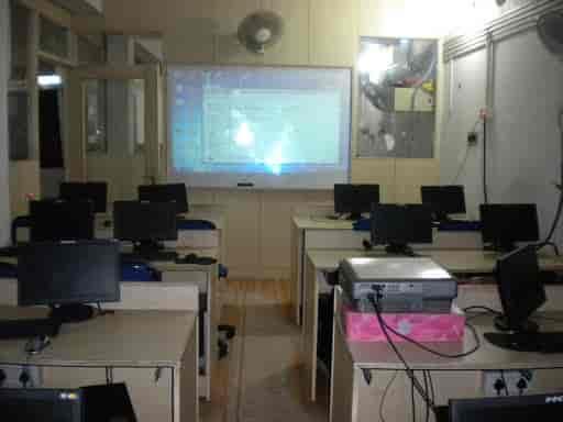 btc főiskola etawah-ban