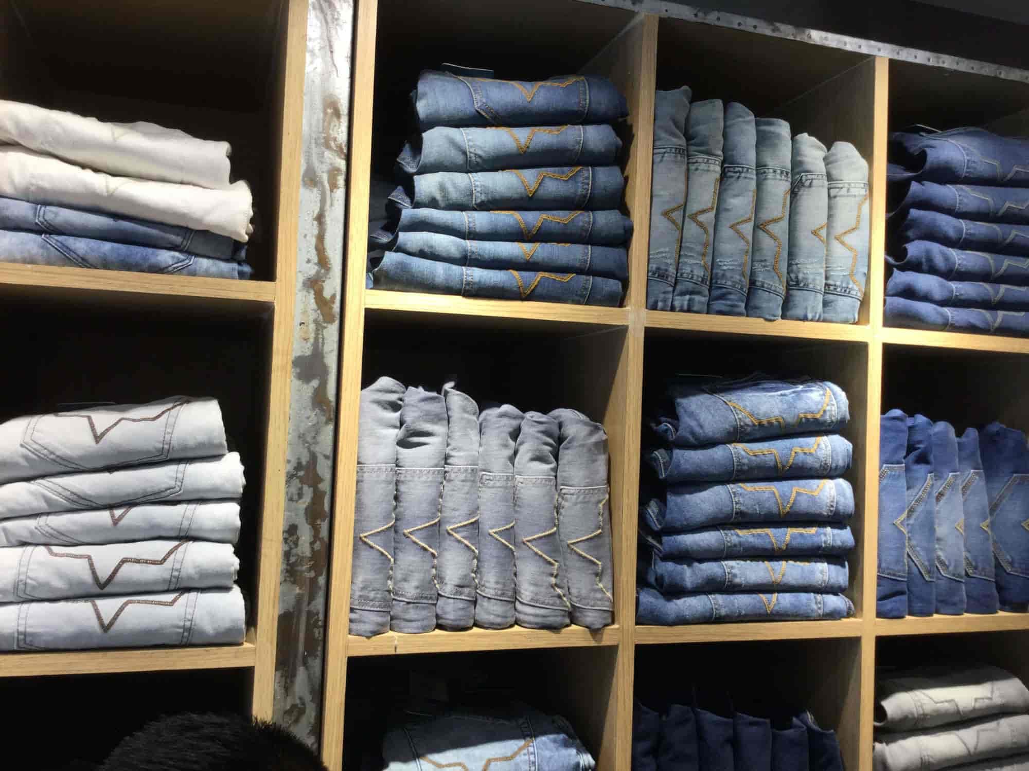 huge discount ecb90 893d0 Pepe Jeans London Photos, Faizabad HO, Faizabad- Pictures ...