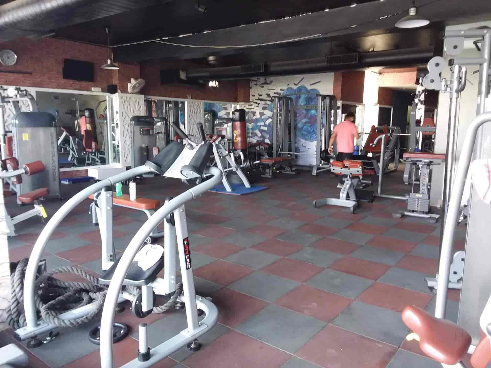 Fitness garage new industrial township faridabad nit gyms in
