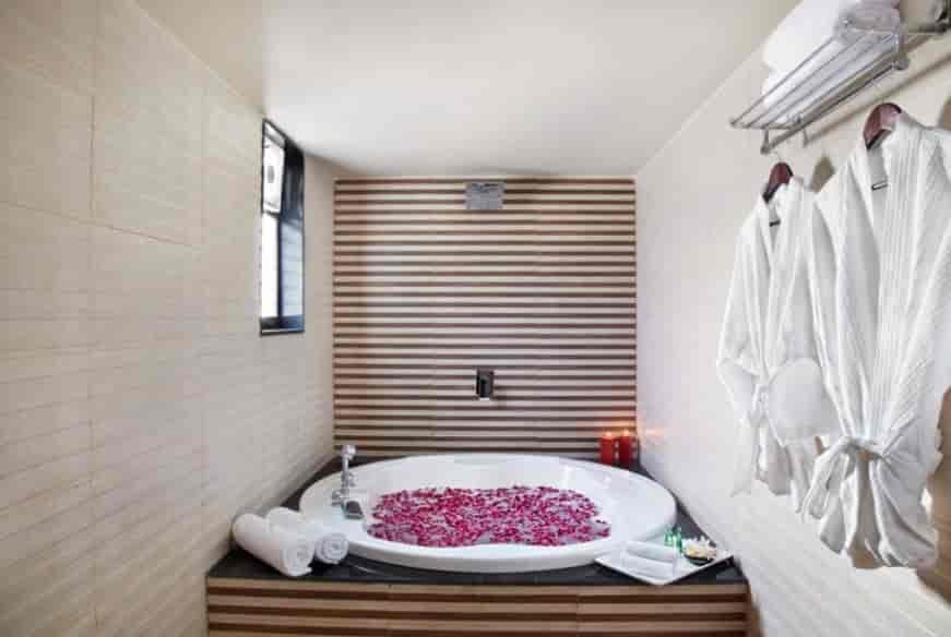 Interior View Sandy Palm Resort Hotels Pvt Ltd Photos Chiloda Gandhi Nagar