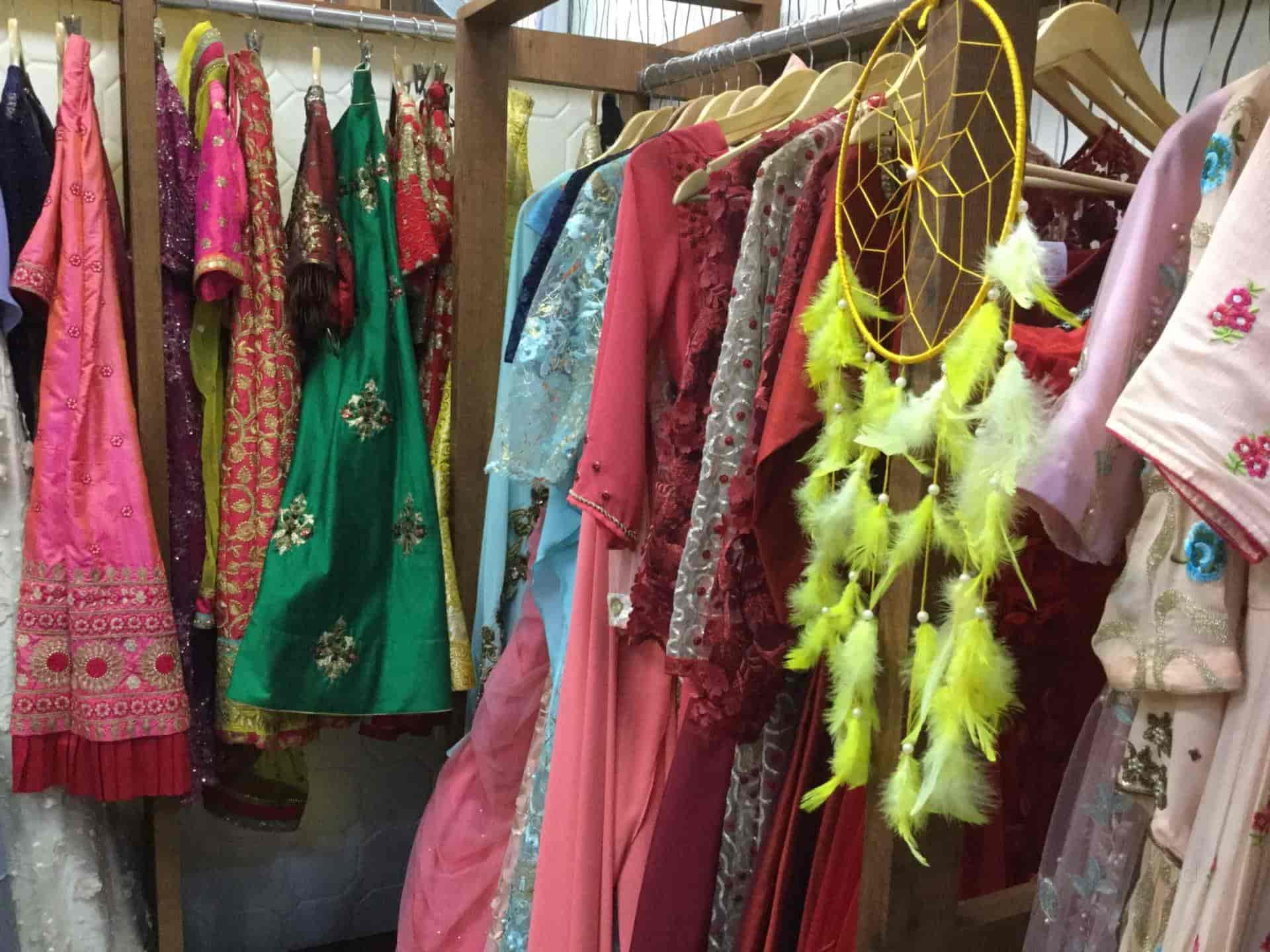 Buckram, Vaibhav Khand-Indirapuram - Fashion Designers in