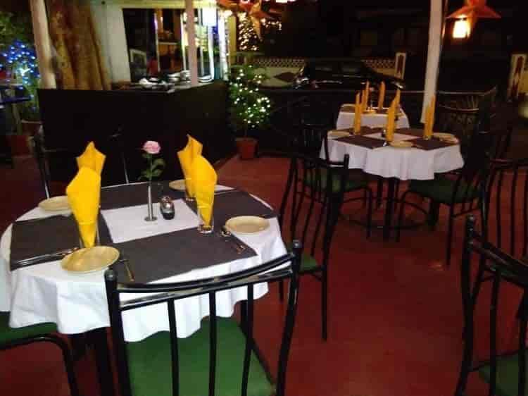 Top Nosh Fine Dining Bar Candolim Goa