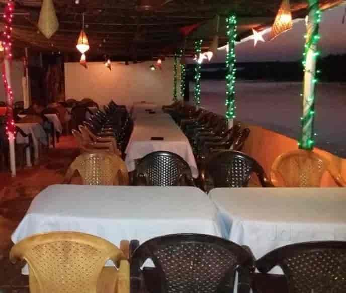 Starlight bar and restaurants photos assolna goa pictures interior view starlight bar and restaurants photos assolna goa north indian restaurants aloadofball