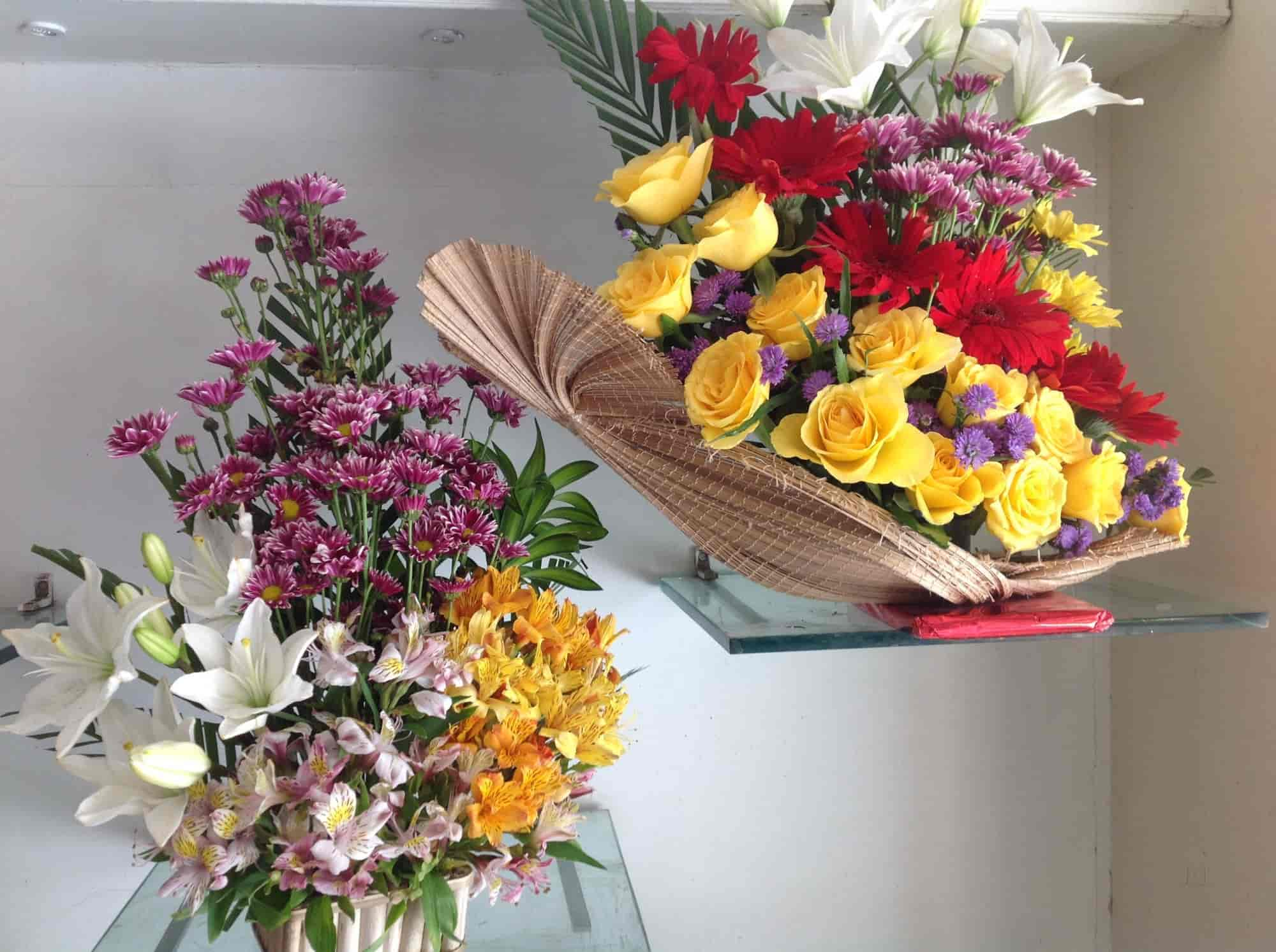 Indrani Gifts & Flower Bouquets, Laxmipuram - Gift Shops in Guntur ...