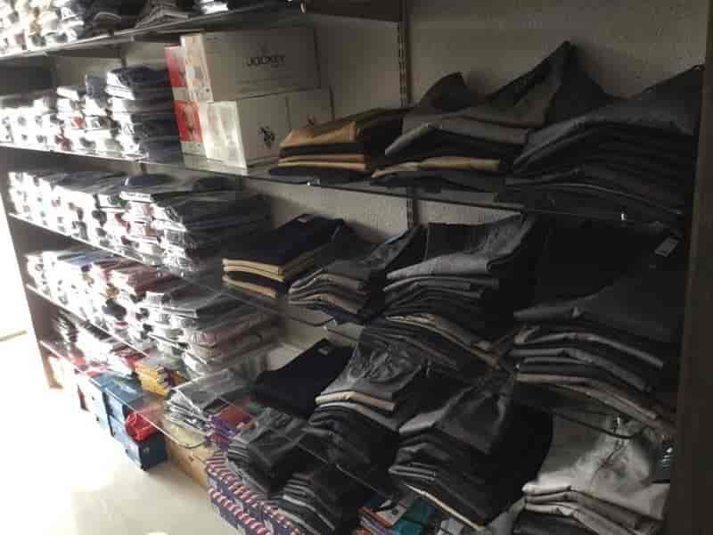 WWF Export Surplus Garments, Gurgaon Sector 40 - Readymade