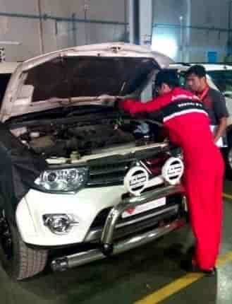 Mitsubishi Roadside Assistance Customer Care Helplines For Car - Mitsubishi roadside