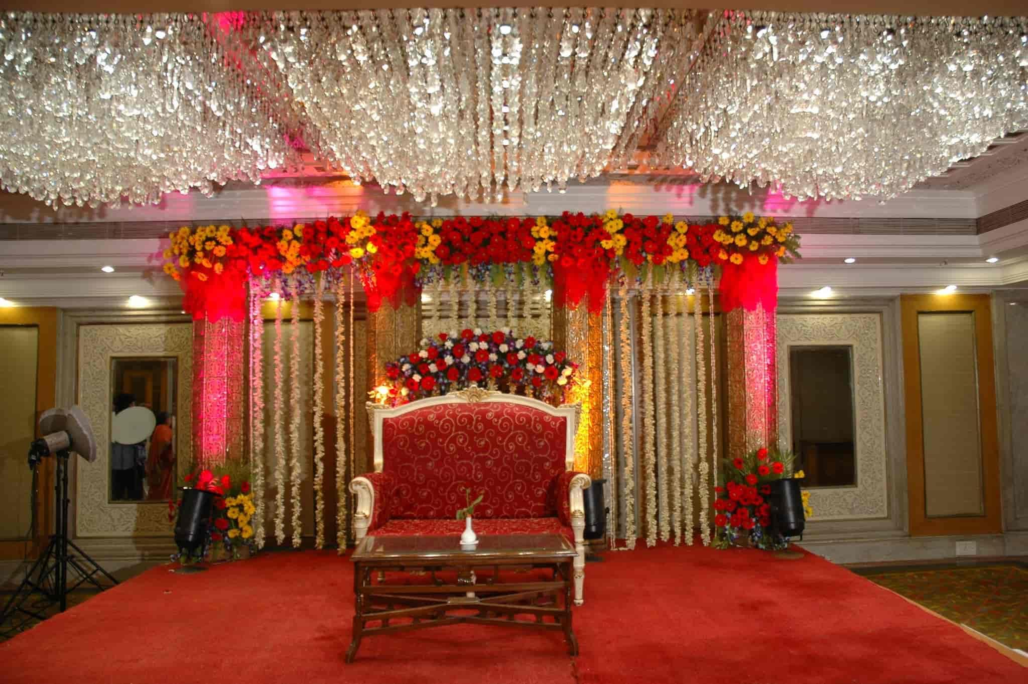 Lavita palace photos gurgaon pictures images gallery justdial stage decorations lavita palace photos delhi banquet halls junglespirit Choice Image