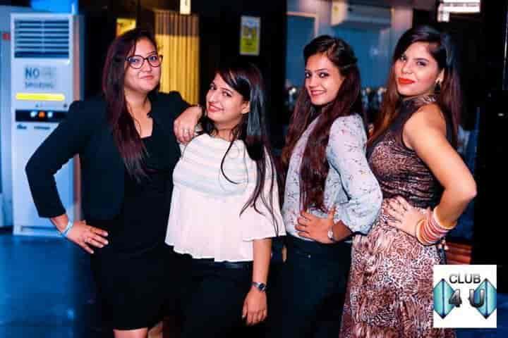 Gurgaon dating Club