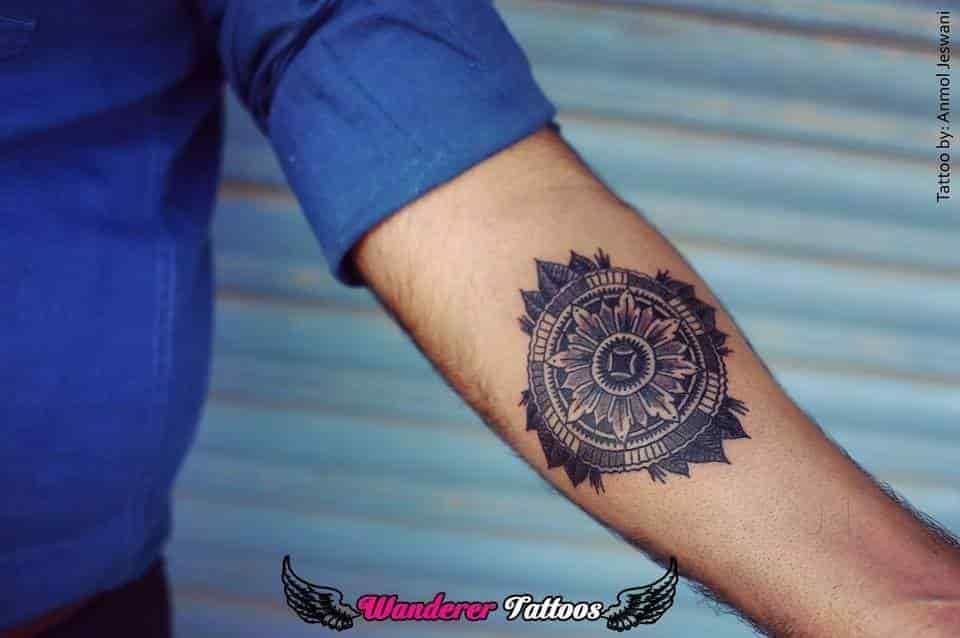 Wanderer Tattoos, Ag Office Road-lashkar - Wanderer Tattos - Tattoo ...