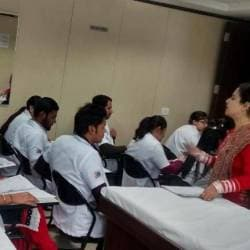 VLCC Institute of Beauty & Nutrition, Howrah Ho - Institutes For