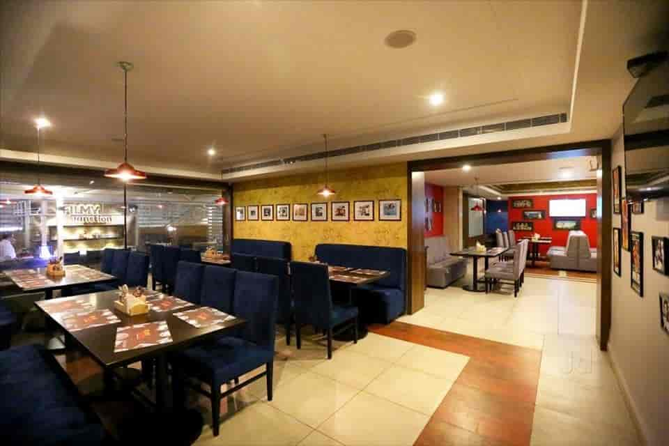Filmy Junction, Jubilee Hills, Hyderabad - Andhra, Biryani, Chinese, Continental, North Indian, South Indian, Mughlai Cuisine Restaurant - Justdial