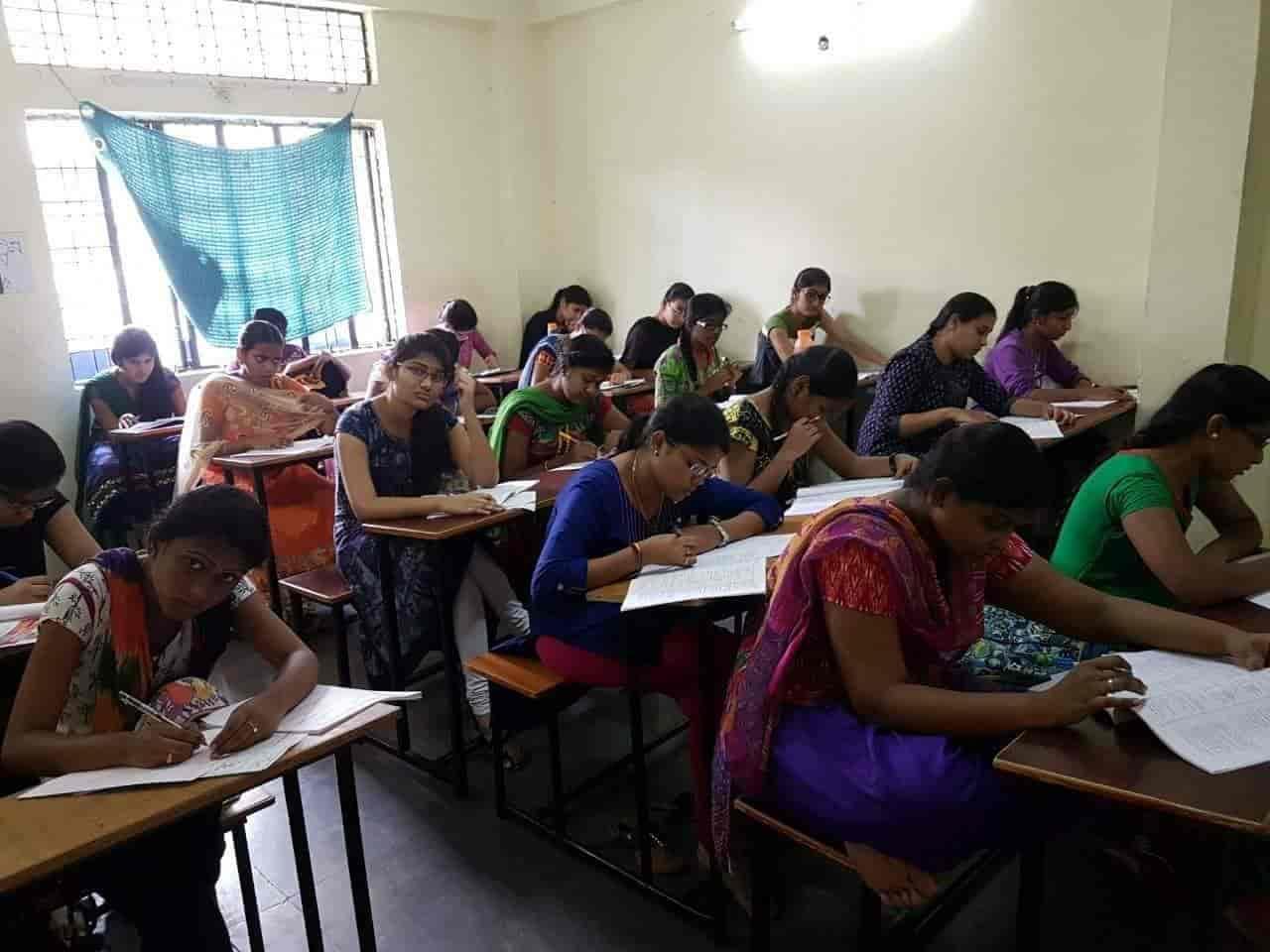 Prism Forum For IIT JEE Medical Photos, Dilsukhnagar, Warangal