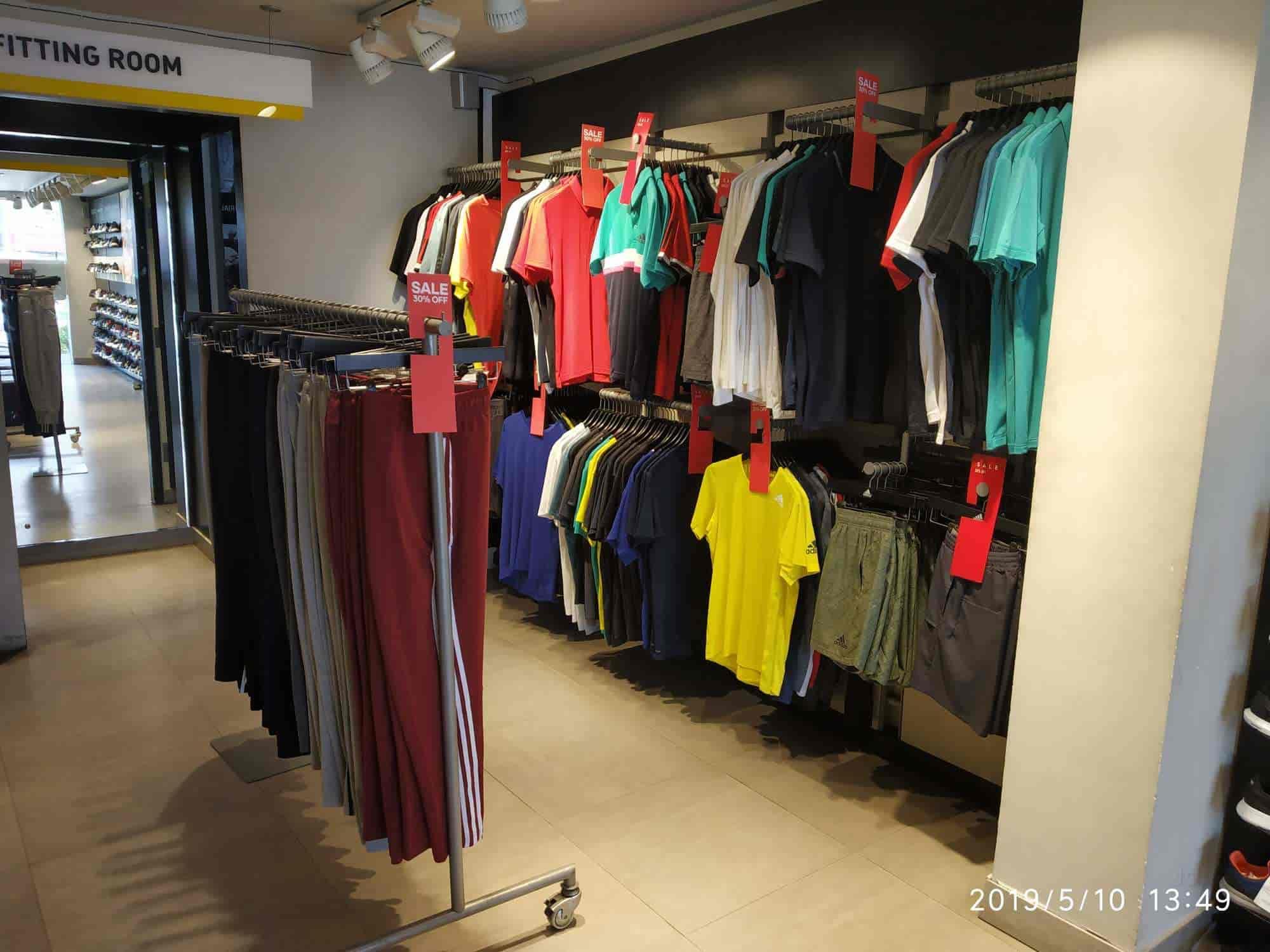 Marchito derivación cortar  Adidas Exclusive Store, Chanda Nagar - Shoe Dealers in Hyderabad - Justdial