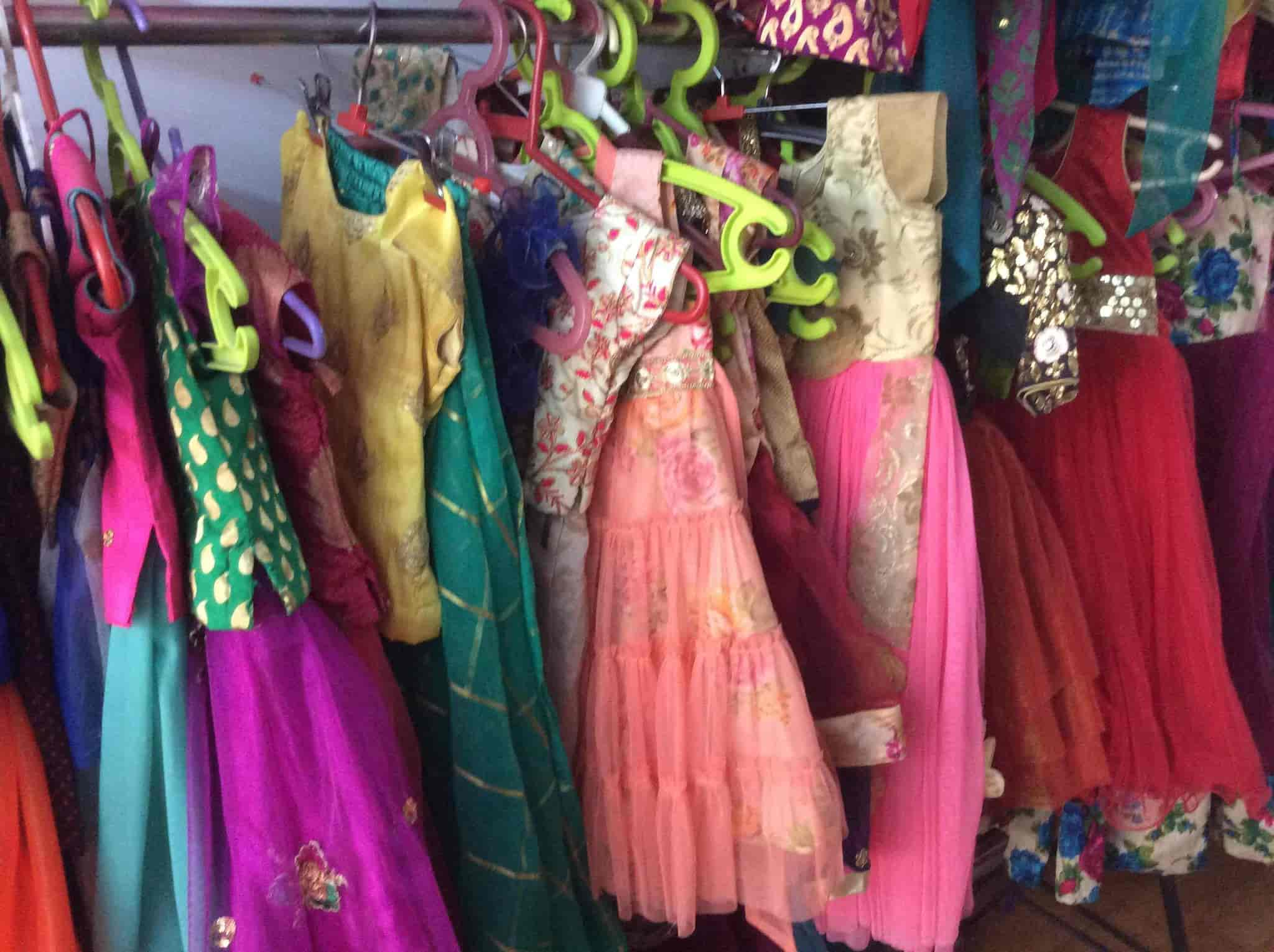 Gayathri Fashions Yousufguda Boutiques In Hyderabad Justdial