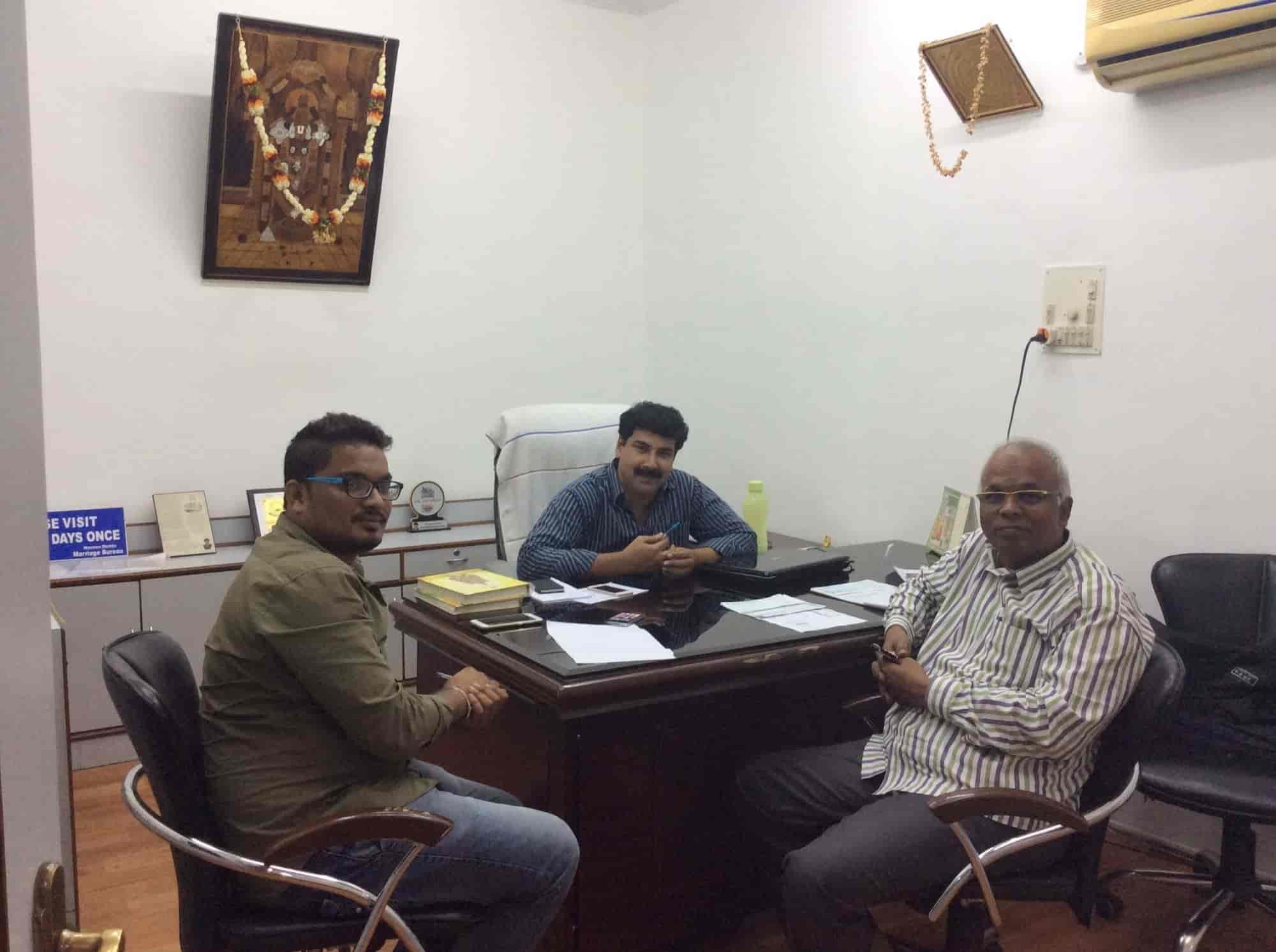 Naveen Reddy Marriage Bureau Photos, Somajiguda, Hyderabad- Pictures