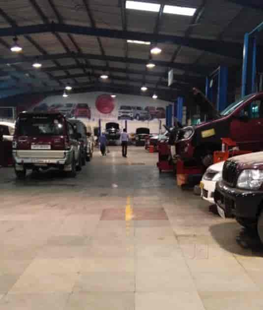 Oregon Car Showrooms Dealerships: Mahindra Motors Hyderabad