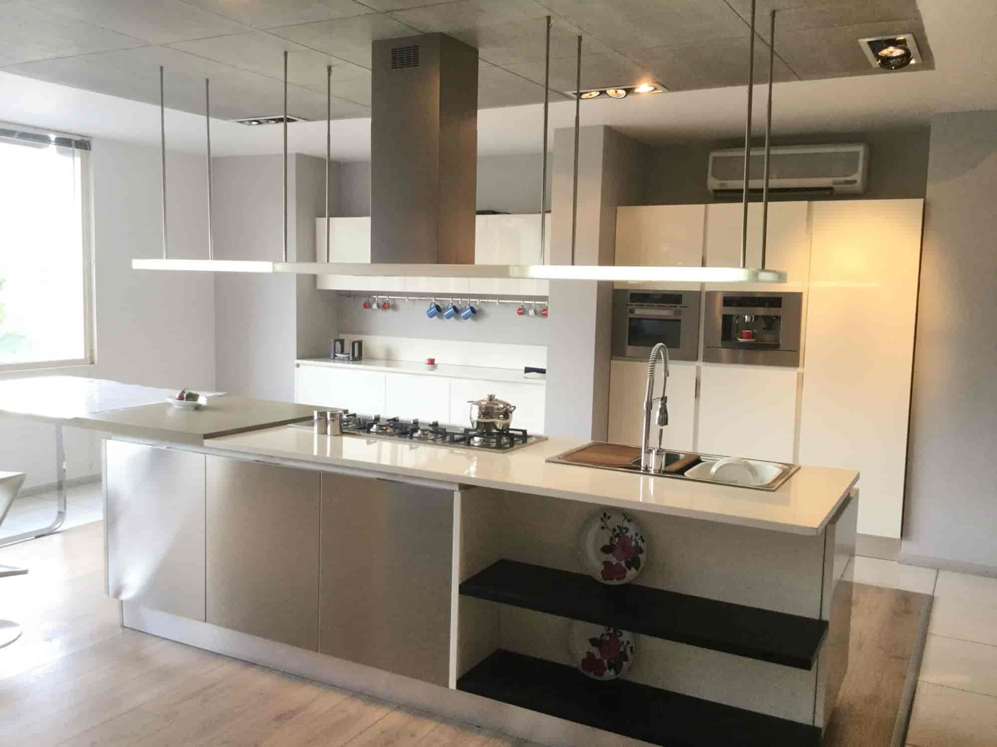 Veneta Cucine - CC India Pvt Ltd, Jubilee Hills - Modular Kitchen ...