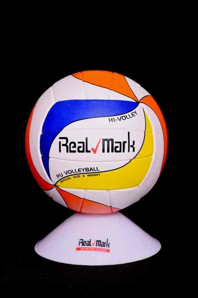 Real Mark Sports & Fitness, Chhawani - Sports Goods Dealers in