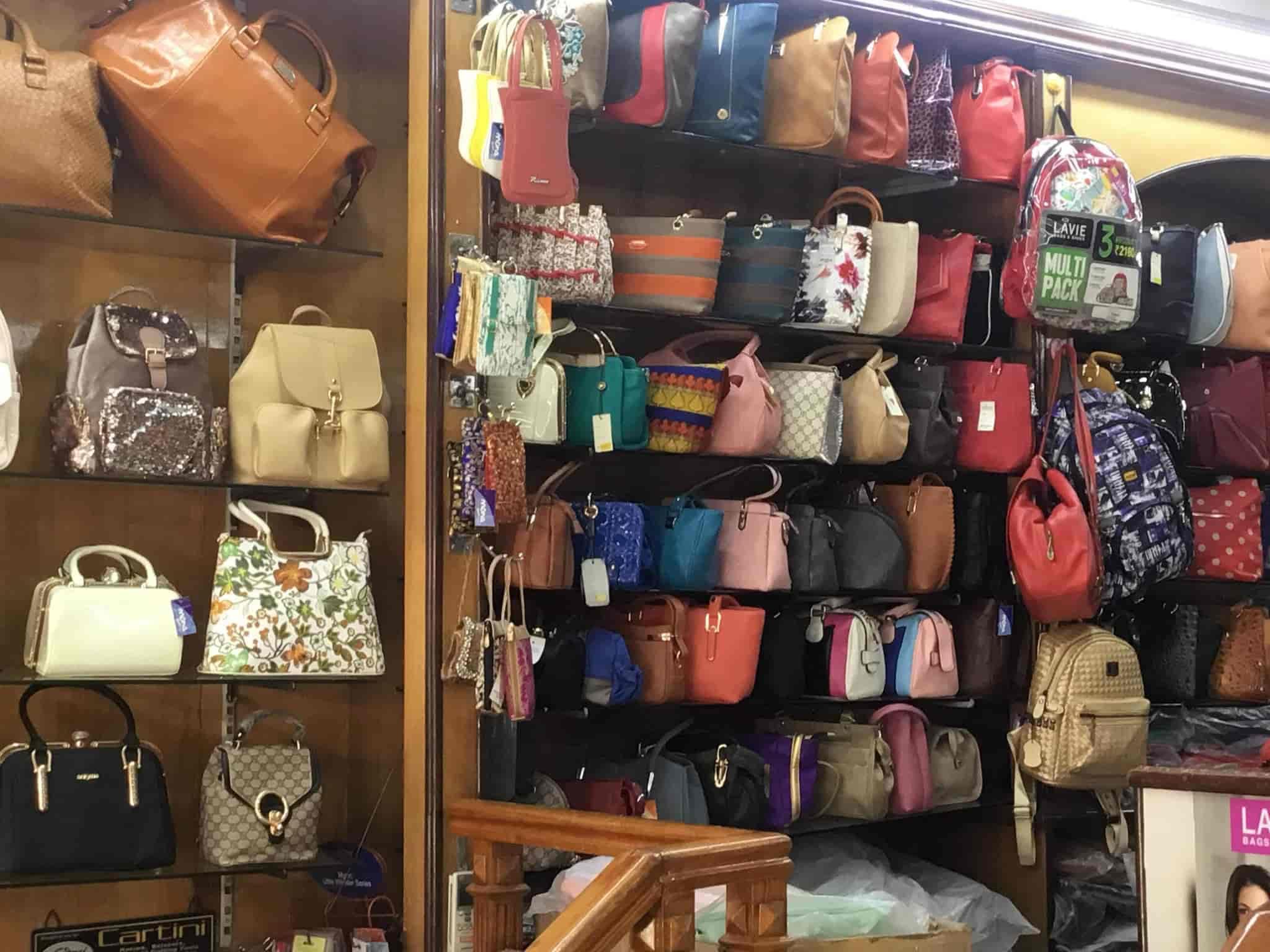 09176f93f7f3 Mona Bags