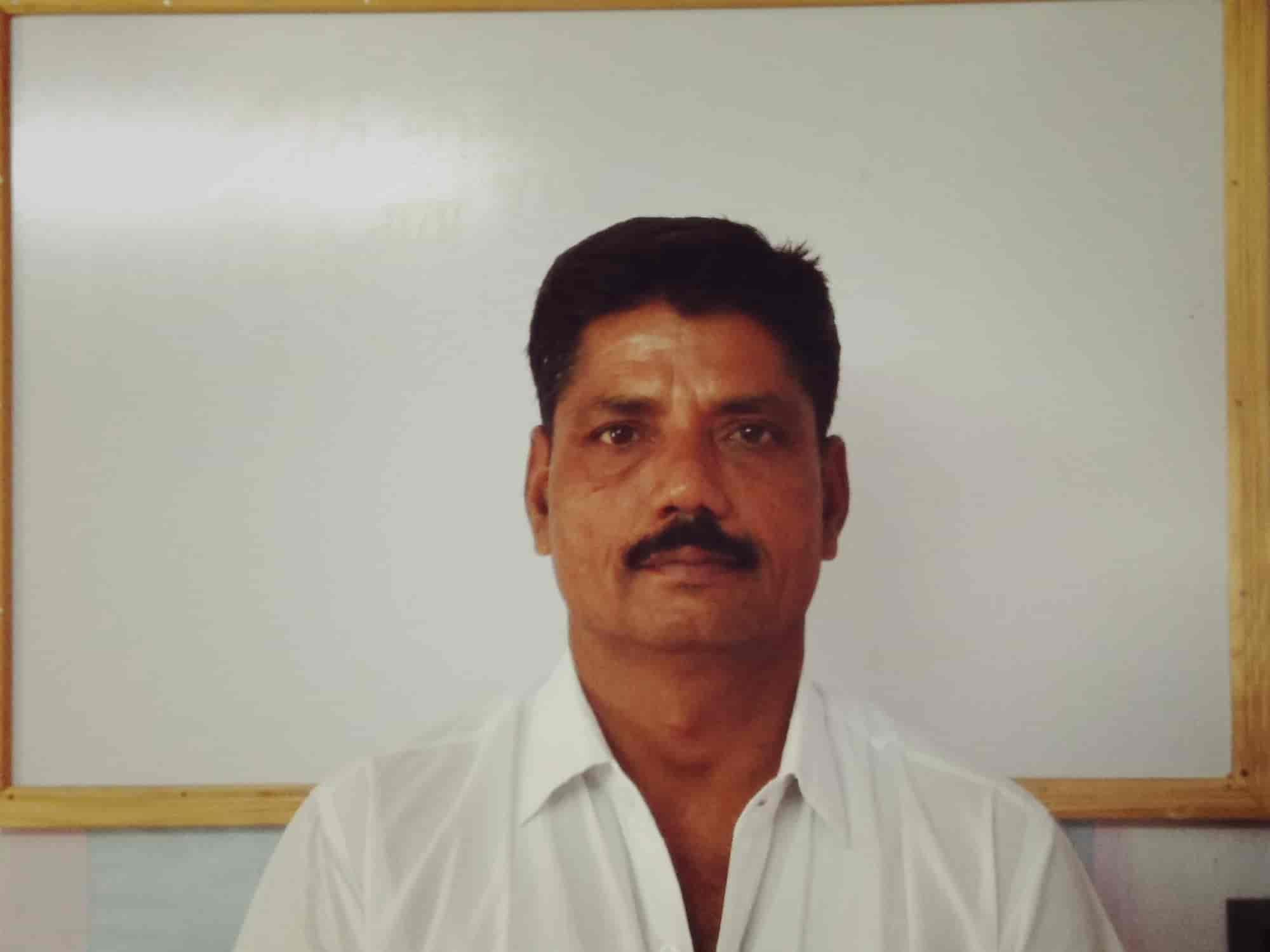 Anil Sharma- Best astrologer in Bhilwara