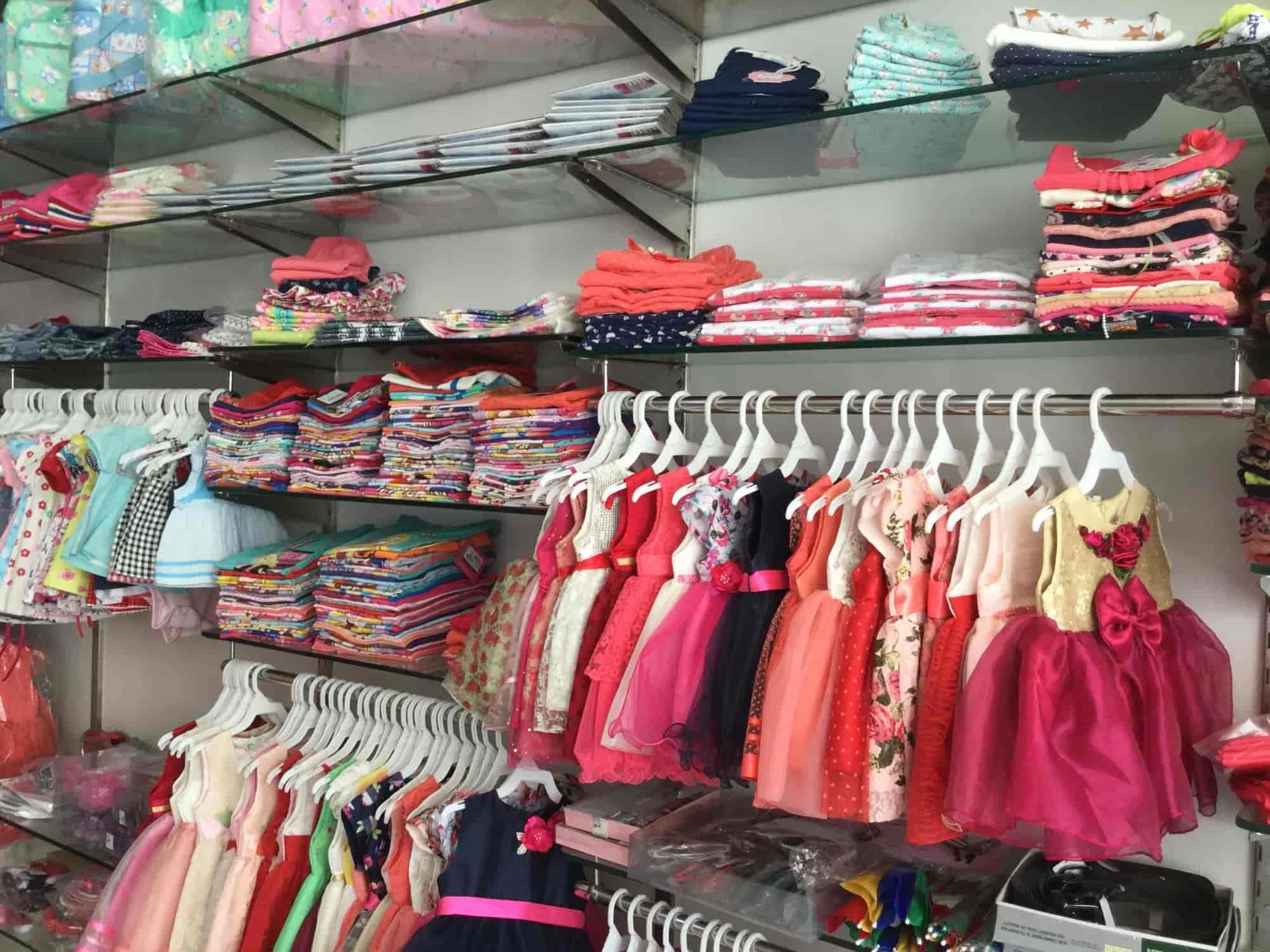 c93d3b7f3 Petals Childrens Wear, Durgapura - Children Readymade Garment Retailers in  Jaipur - Justdial