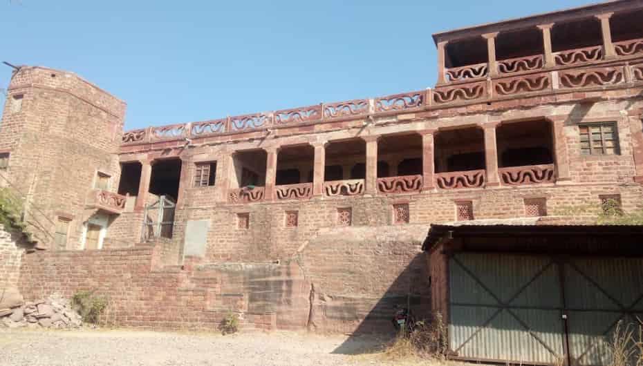 ajab-gajab-story-of-jahaj-mahal-in-rajasthan