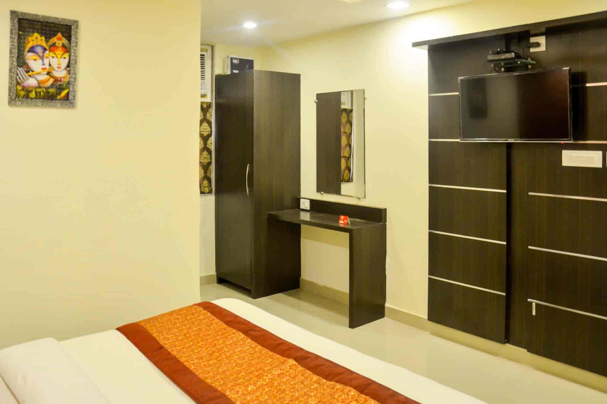 Oyo Rooms 038 Photos Ghanta Ghar Kanpur 3 Star Hotels