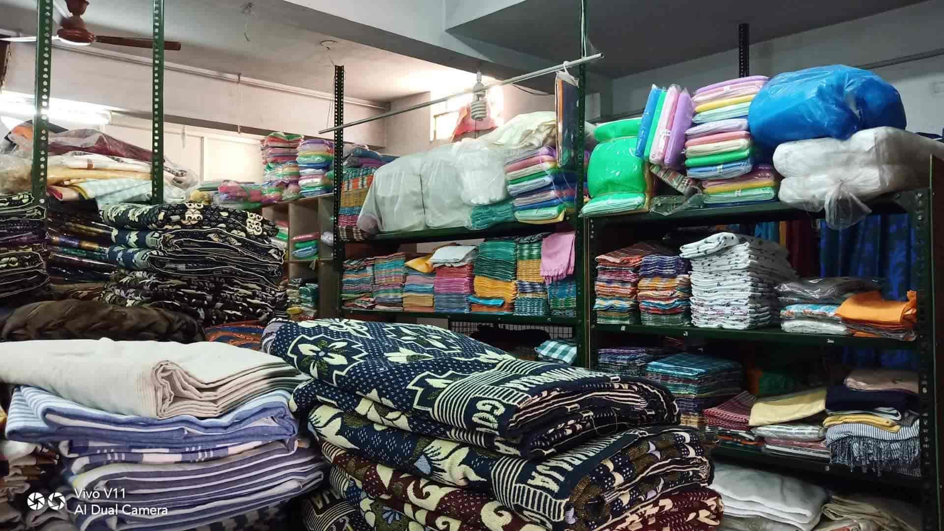 Sri Amaran Textiles, Near Apna Handlooms - Bed Sheet Wholesalers in