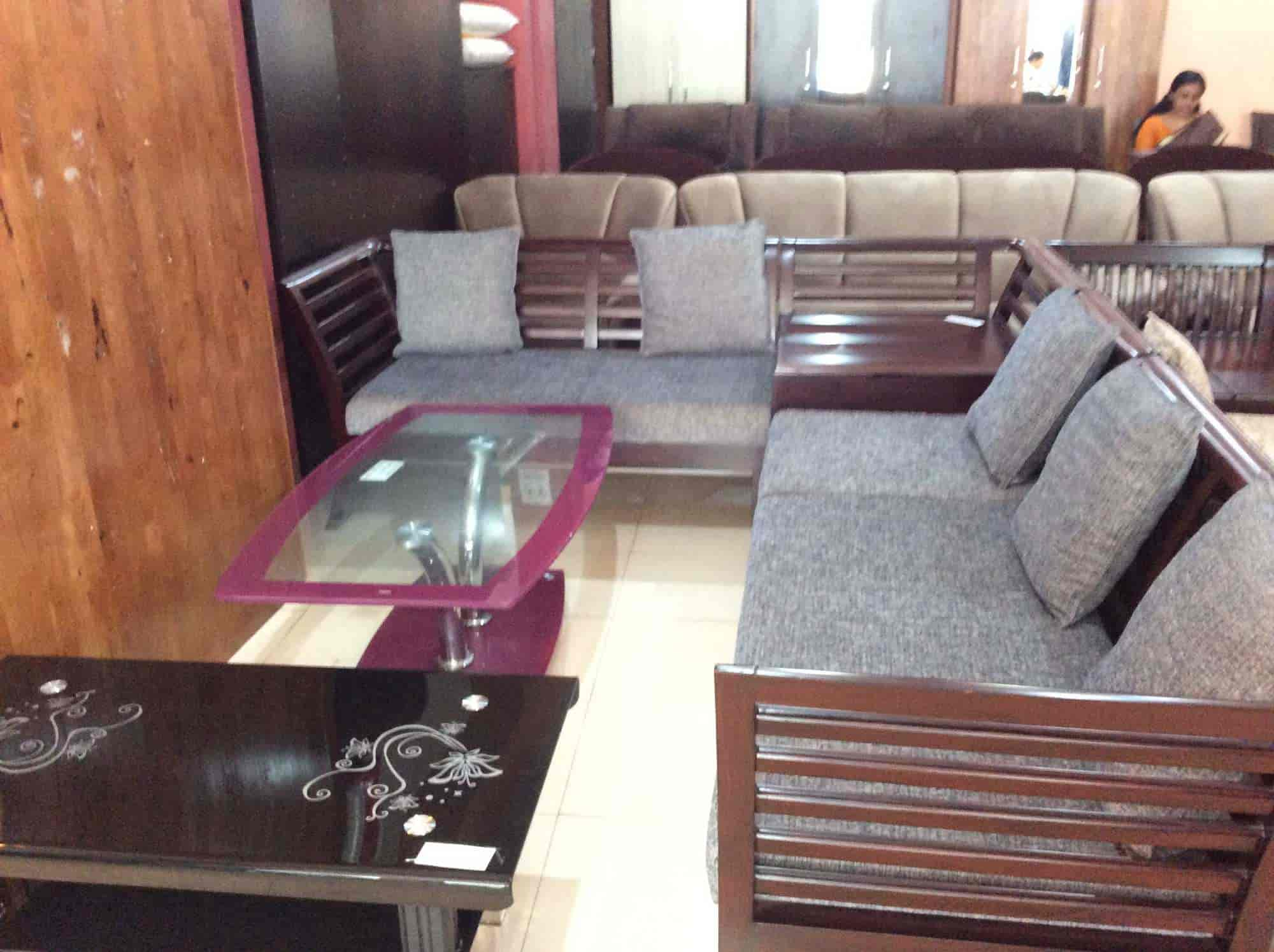 Wood Decor Furniture Kanhangad Dealers In Kasara Justdial