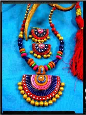 Manmayee Handicrafts Exporters Lake Gardens Jewellery