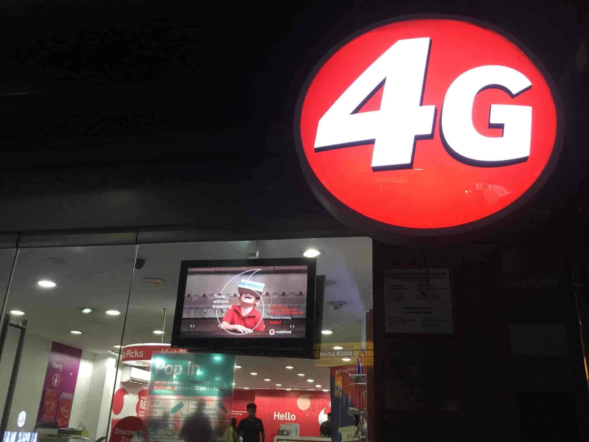 Vodafone Store, Mananchira - Broadband Internet Service Providers in
