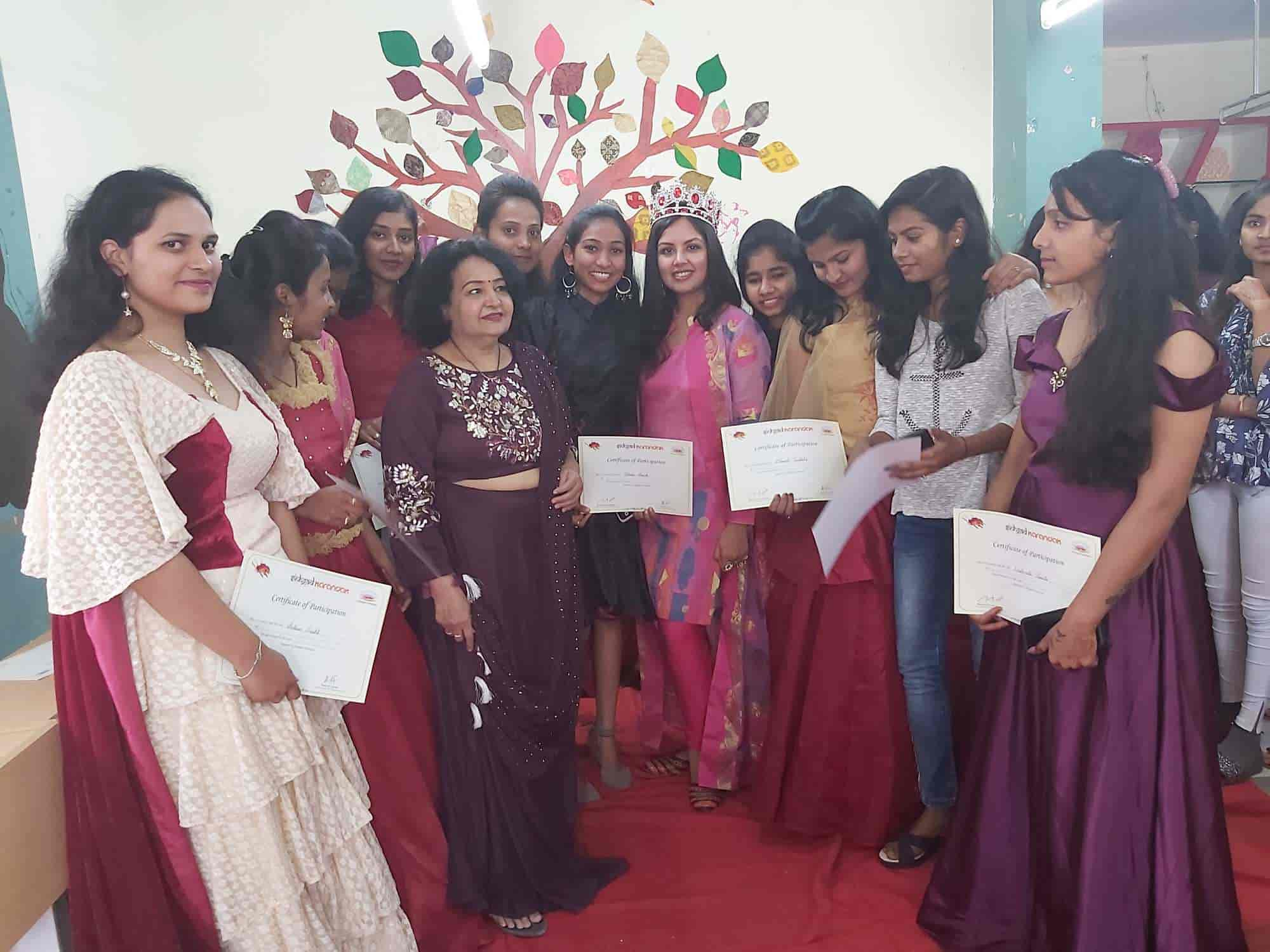Sst Fashion Design College Rajiv Gandhi Chowk Fashion Designing Institutes In Latur Justdial