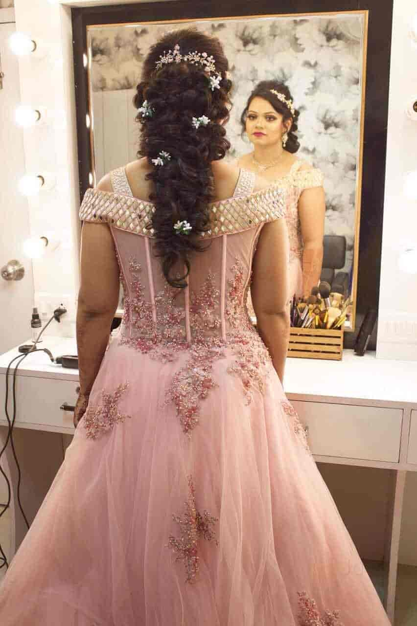 Makeup And Hairstyle With Gown  Saubhaya Makeup