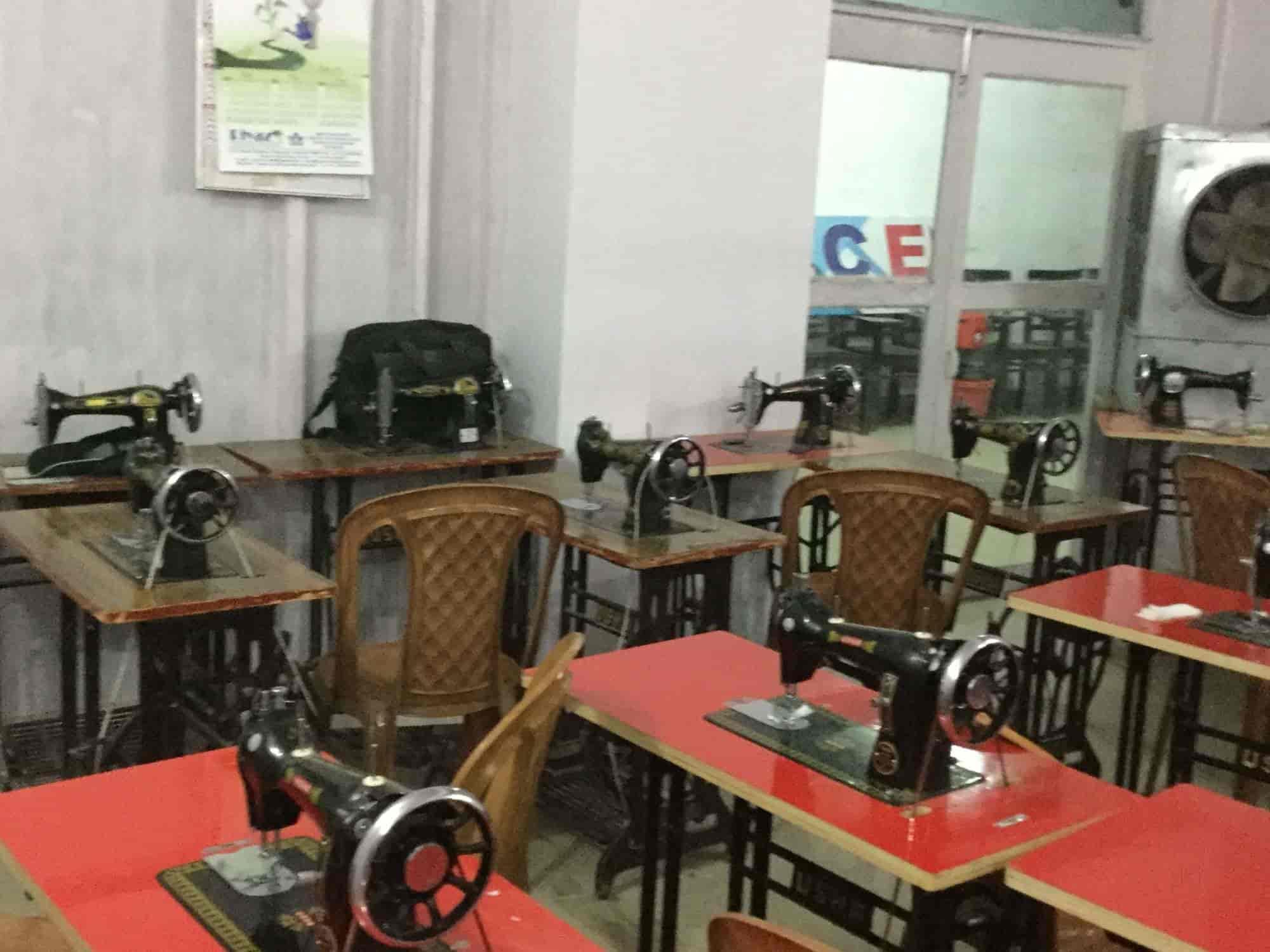 Asma Husain Institute Of Fashion Technology Thakurganj Fashion Designing Institutes In Lucknow Justdial