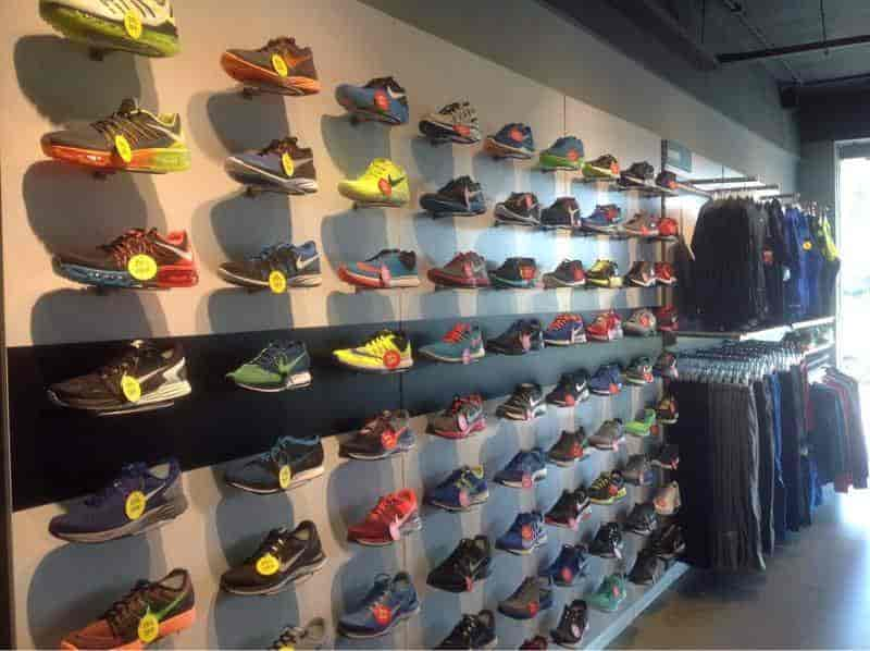 5f3c475fba73 ... Inside View Of Facny Store - Nike Factory Store Photos