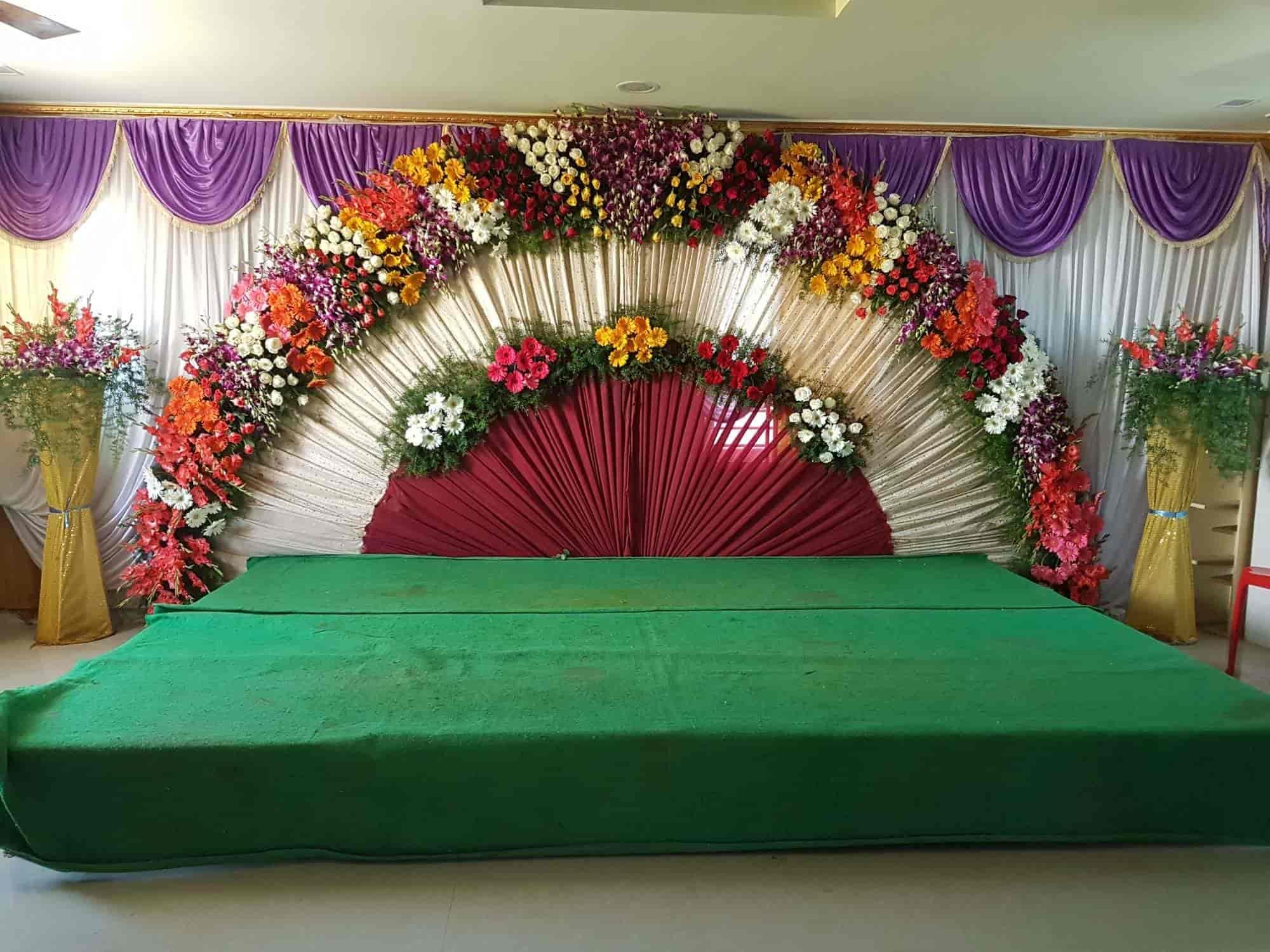 Sri Lakshmi Vinayaka Flower Decoration - Sri Lakshmi Vinayak Flower Decoration - Decorators in Madanapalle - Justdial