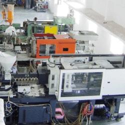 Rikon Clocks Manufacturing Company, Opp atop Wafers - Wall Clock