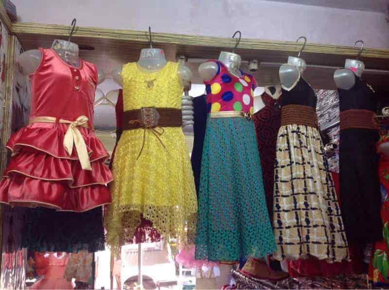 e2e5e21e4d Roxy Kids Wear (Closed Down) Photos, Khar West, Mumbai- Pictures ...