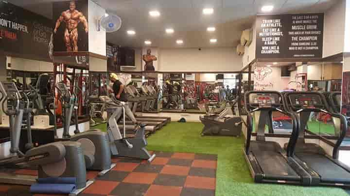 Fitness fusion gym photos andheri west mumbai pictures images