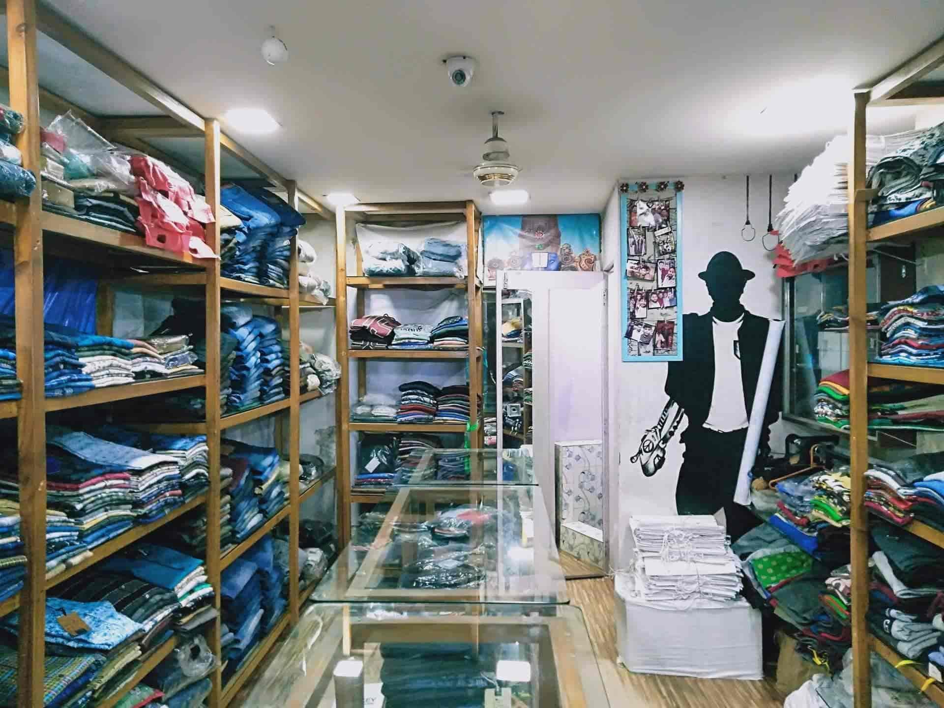 Warehouse Export Surplus, Bhandup West - Readymade Garment