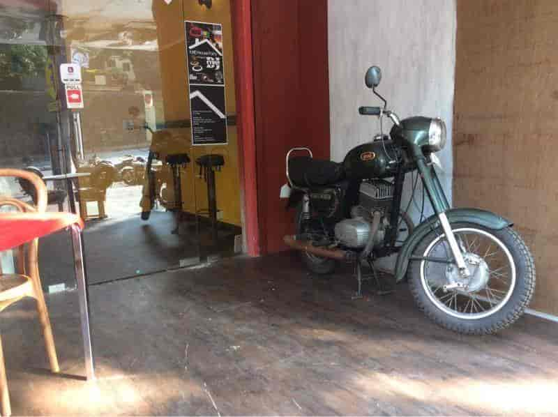 EDM Cafe Photos IC Colony Borivali West Mumbai Pictures - Fast car edm