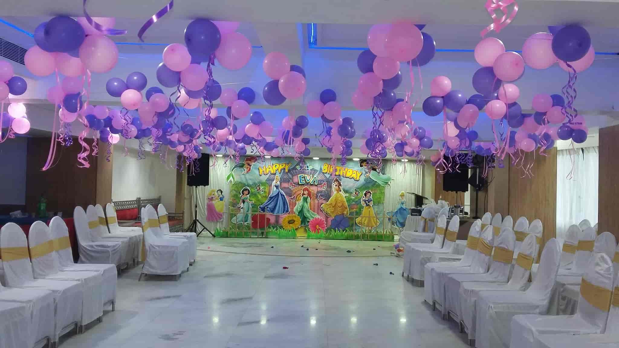 S P Plastic And Birthday Decorators Kandivali West